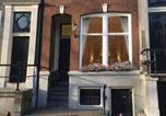 Location vacances Amsterdam - Chariot Amsterdam - canal apartment-1