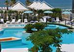 Location vacances  Province de Foggia - Arianna Club Hotel Appartamenti-4