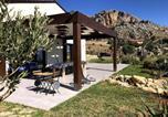 Location vacances Buseto Palizzolo - Comfy holiday home in Castellammare del golfo with Garden-1