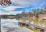 Location vacances Elberton - Relaxing Waterfront Escape with Dock and Fire Pit!-2