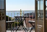 Hôtel Portugal - Surf Lodge - Villa dos Irmãos-1