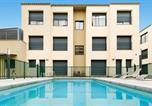 Location vacances Torrelles de Llobregat - Aparthotel Sarfels Castelldefels-1