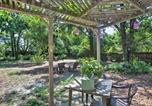 Location vacances Pensacola Beach - Quiet Retreat with Fire Pit, 4 Mi to Pensacola!-1