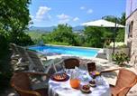 Location vacances Fabriano - Villa la chiesetta with private salt pool-1