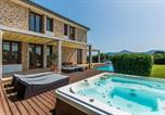 Location vacances Alcúdia - Villa Barcares Gran for 10, pool, gym and close to beach-2