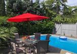 Location vacances  Canada - Nanaimo Pool View Garden house-3