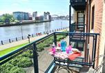 Location vacances Newcastle-upon-Tyne - Apartment Mariners Wharf-1