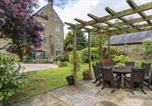 Location vacances Haworth - Bronte Chapel Retreat With Hot Tub-1