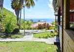 Location vacances Vieux Habitants - Bungalow with 2 bedrooms in Bouillante with furnished terrace and Wifi 100 m from the beach-3