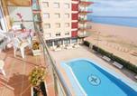 Location vacances Malgrat de Mar - Two-Bedroom Apartment in Santa Susanna-3
