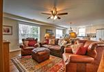 Location vacances Harpers Ferry - Annys Farm House in Round Hill Wine Country!-3