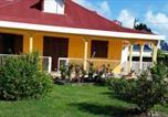 Hôtel Guadeloupe - Villa ixoras chambres d'hôtes avec petit déjeuner-2