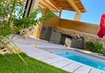 Hôtel Bouillargues - Le pool house-4