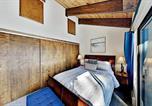 Location vacances Reno - Updated Retreat - Fireplace, Sleek Kitchen, Garage condo-4