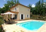 Location vacances Tourrettes - One-Bedroom Apartment Château De Camiole 2-2