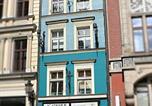 Hôtel Wrocław - Academus - Cafe/Pub & Guest House-1