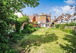 Location vacances Hastingleigh - Devonshire House, 5 Bedroom House, sleeps 11-2