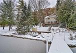 Location vacances Saint-Ignace - Charming 3-Season Lakefront Retreat w/ Dock-3