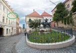 Location vacances Zagreb - Apartment with a View Zagreb - Radićeva Street-1