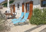 Location vacances Le Vigeant - Two-Bedroom Holiday Home in Asnois-1