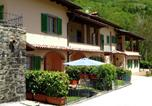Location vacances  Province de Pistoia - Rustic Holiday Home in Tuscany for 4 persons in scenic area-2