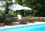 Location vacances Mazeyrolles - Modern Holiday Home in Besse with Swimming Pool-4