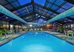 Hôtel Meridian - Holiday Inn Express Hotel & Suites Meridian-4
