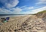 Location vacances Scarborough - Charming Pine Point Cottage - 2 Blocks to Ocean!-4