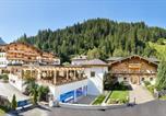 Hôtel Hollersbach im Pinzgau - Habachklause Baby- und Kinderhotel   Bauernhof Resort-1