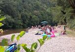 Camping avec Site nature Mialet - Camping des Drouilhèdes-1