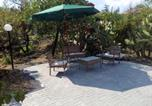 Location vacances Nicolosi - House with 2 bedrooms in Pedara with furnished terrace and Wifi 15 km from the beach-2
