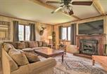 Location vacances Ellicottville - Rustic and Modern Russell Cabin with Grill and Deck-1