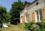 Location vacances  Aube - Countryside Cottage in Bligny Champagne with Fenced Garden-1