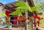 Location vacances Marigot - Bungalow de charme , à proximité de la plage-1