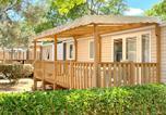 Camping avec Quartiers VIP / Premium Le Grau-du-Roi - Airotel Camping Bon Port-4