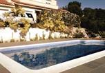 Location vacances Castellet i la Gornal - Casa Bella Vista en montaña con vistas al mar y piscina privada-1