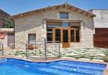 Location vacances Cornellà de Terri - Mata Villa Sleeps 5 with Pool and Air Con-3