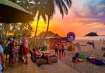 Hôtel El Nido - Mad Monkey Hostel Nacpan Beach