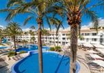 Location vacances  Province des Îles Baléares - Hoposa Hotel & Apartaments Villaconcha-1