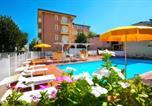 Location vacances Bellaria-Igea Marina - Residence I Girasoli-1