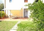 Location vacances  Province de Pistoia - Serravalle Pistoiese Villa Sleeps 6 Pool Wifi-4