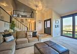 Location vacances Stockton - Wine Country Home Base with Pool, Grill and Patio-4