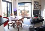 Location vacances Anguerny - Appart Centre ville avec jardin calme et lit 2mx2m-1