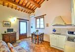 Location vacances  Province de Pesaro et Urbino - Roncaglia Villa Sleeps 4 Pool Air Con Wifi-2