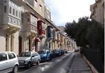 Hôtel Sliema - Granny's Inn Hostel-1