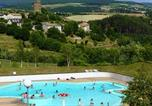 Camping avec Piscine Cantal - Camping Le Petit Bois-1