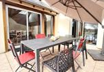 Location vacances Trégomeur - House with 4 bedrooms in Plourhan with furnished garden and Wifi 5 km from the beach-2