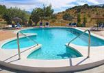 Location vacances Benamargosa - Modern Cottage in Vinuela with Swimming Pool-1