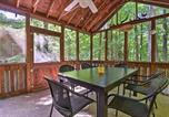 Location vacances Clarks Summit - Peaceful Hamlin Home with Lake Access at The Hideout-2