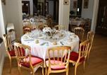 Location vacances Julienne - Maison d'Hôtes Chateau de Brillac-3